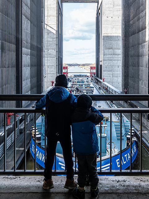 Schiffshebewerk / Ship Lift Scharnebeck - HFF (000°) 4 x PIP