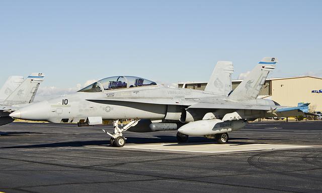 Boeing McDonnell Douglas F/A-18D Hornet
