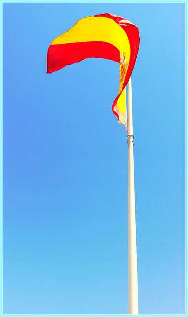 The largest flag in Spain