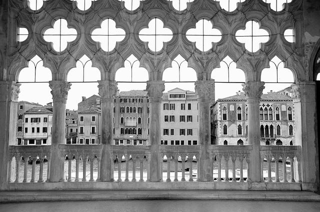 Loggia, first floor