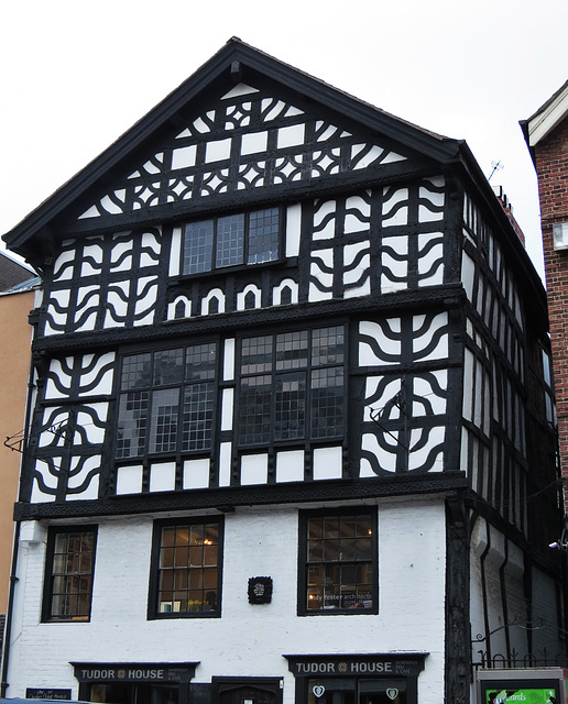 29, lower bridge st, chester