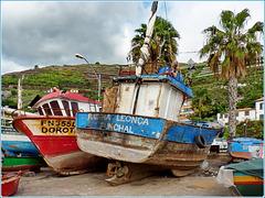Funchal : In queste vecchie barche sulla piccola spiaggia c'è la storia di Câmara De Lobos